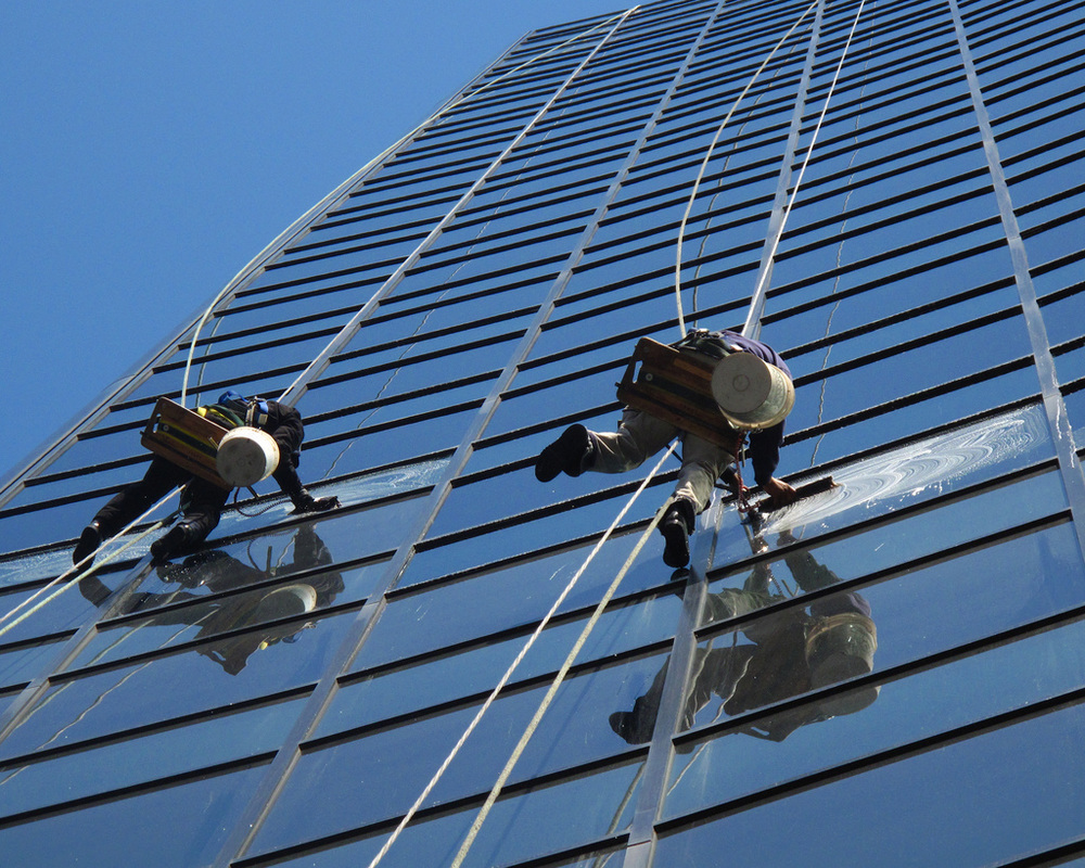 High Rise Window Pros 1 Commercial Pressure Washing